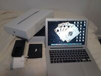 Macbook Air (Early 2015) 13.3 Inches 128GB 8GB i5