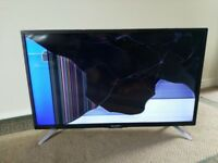 "SHARP 32"" LED FULL HD, Smart TV, ETHERNET, Freeview HD - SPARES OR REPAIR"