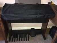 Yamaha Electone EL-15 electric organ & stool
