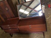 Dresser vintage 5 drawer