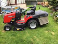 Professional Series Snapper Ride on luxury mower with cruse control THIS IS THE BEST OUT THERE