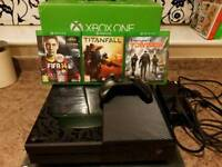 Xbox One 500GB Boxed with 3 Games great cond