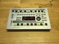 Roland MC-303 Groovebox Sequencer and Drum Machine