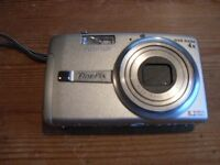 Fujifilm Finepix F480 digital camera