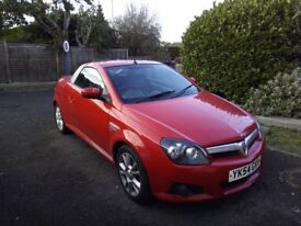 Vauxhall Tigra 1.8i 16v Sport 2dr Coupe, 125bhp, Heated Leathers, MOT to 25th June,