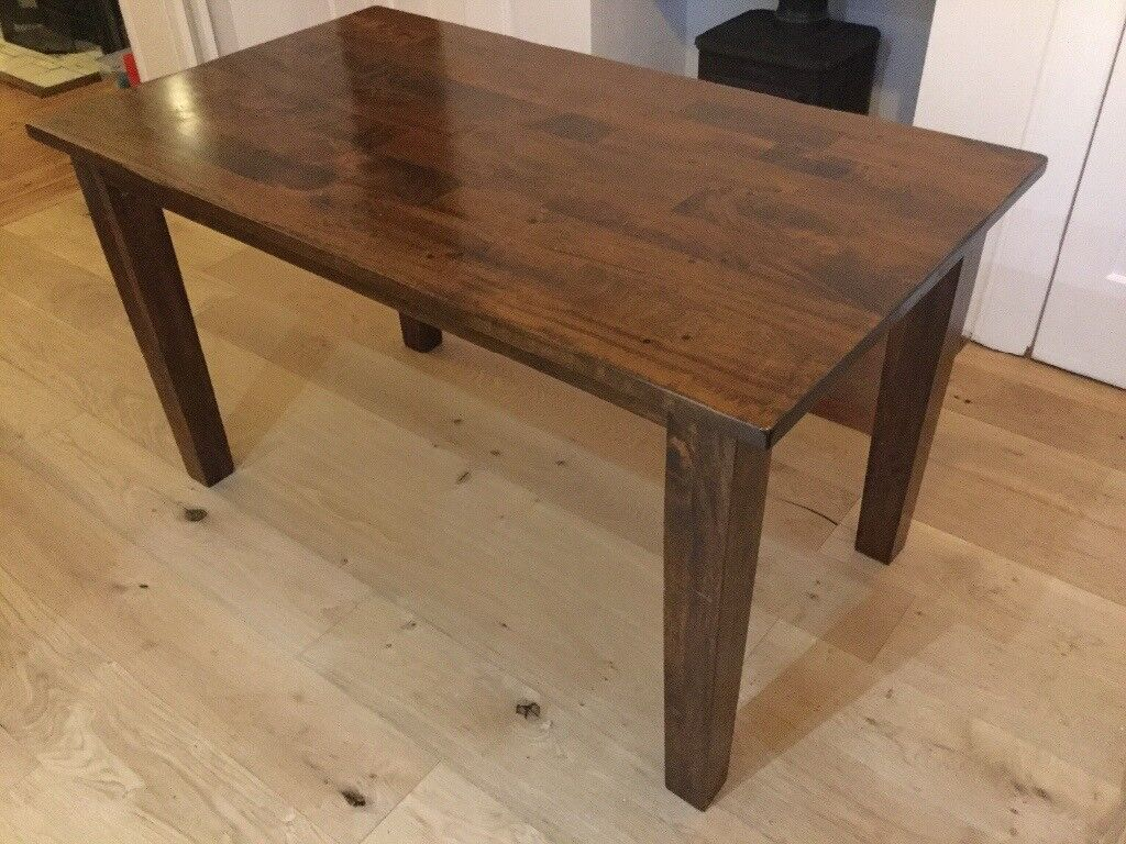 Solid wood dining room table, Cargo