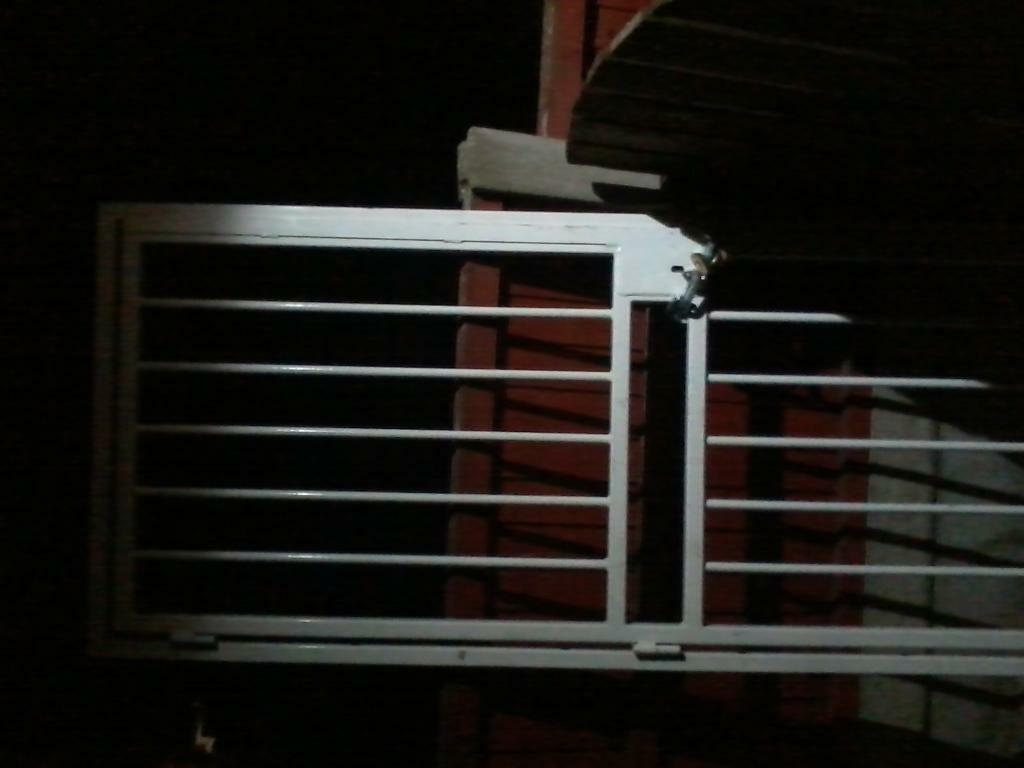 Gate for front or back door or shed with key and lock 2000 mil by 740 mil pick up only 70 ono