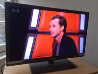 BUSH 32 INCH LCD TV / HOUSE CLEARANCE SALE