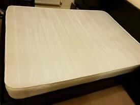 King size memory spring mattress