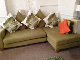 Corner Sofa and 2x chairs