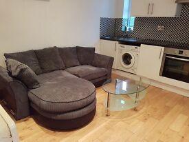 One bedroom flat in Newton Heath!
