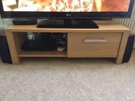 3 piece furniture set Oak Vaneer Sideboard, TV Cabinet & Nest tables