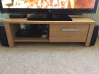 3 piece furniture set Oak Vaneer Sideboard, TV Cabinet & Nest tables