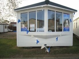 Beautiful caravan / holiday home for sale! 2018 pitch fees included - by the seaside, Essex