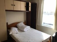 Double room in Hanwell,Station Road