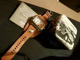 Fossil go have watch