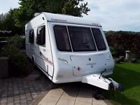 2006 Compass Connoisseur 524 caravan 4 berth with full awning