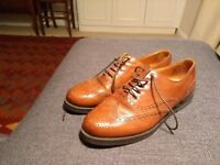 Russell and Bromley Jeeves Lace-up Size 7 - Like New