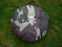 pop up tent trespass 2 person or 1 person + baggage £10