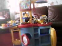 KIDS KITCHEN AND ACCESSORIES