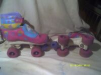 BARBIE CHILDS ROLLER BOOTS with PROTECTION PADS .U.K. J 13 .E.U. 32 . U.S.A, CHILD'S 1 .