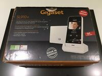 The Siemens Gigaset SL910A Touchscreen Cordless Phone& answer machine - WHITE USED EX CONDITION