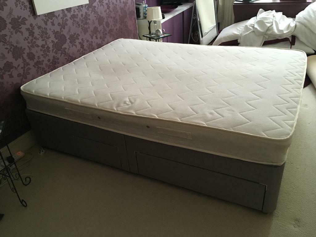 Dreams Kingsize Divan Bed And Mattress Only 11mths Old
