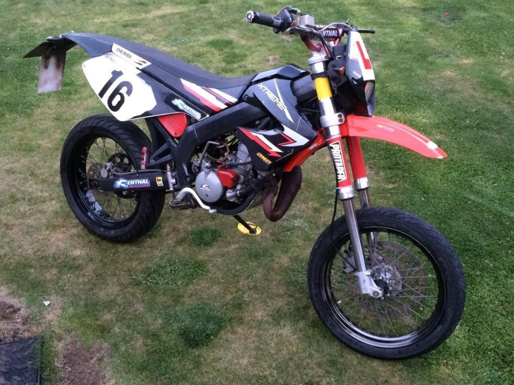 derbi senda extreme supermoto 50cc in bowerhill wiltshire gumtree. Black Bedroom Furniture Sets. Home Design Ideas