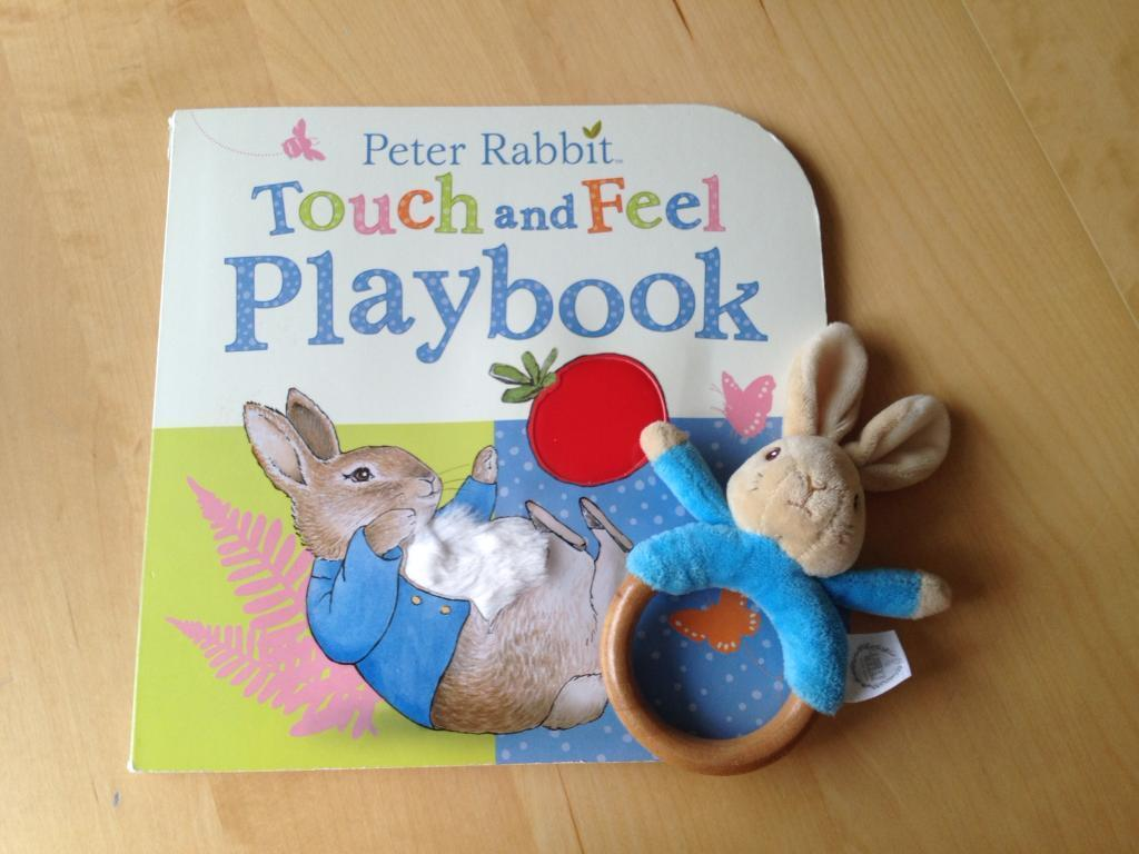 Peter Rabbit Rattle & Touch & Feel Playbook