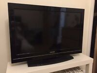 Toshiba LCD Colour TV 32inch