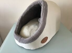 Cat supplies *cat bed *cat toys *litter tray and catsan hygiene litter and more