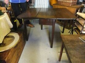 SMALL ANTIQUE KITCHEN TABLE DROP LEAF OAK PLANK GEORGE THE THIRD GOOD CONDITION FOR AGE £68