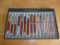 DISPLAY TRAY WITH 15 QUALITY PENS