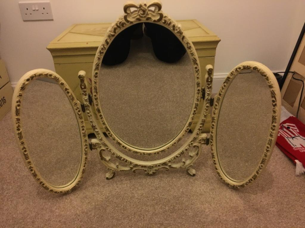 Vintage Dressing Table Mirror In West Bridgford Nottinghamshire
