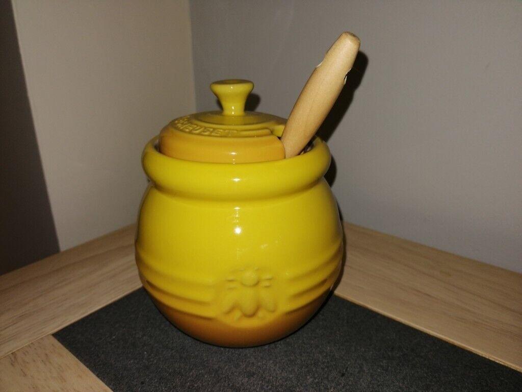 Dijon Le Creuset Stoneware Honey Pot With Silicone Dipper