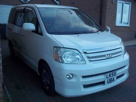 2006 TOYOTA VOXY/NOAH 2.0 PETROL VVTI AUTO 8 SEATS MPV SATNAV, REVERSE CAMERA, B/TOOTH, ELEC DOORS