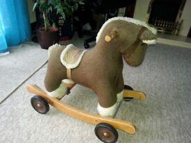 Woodden horse