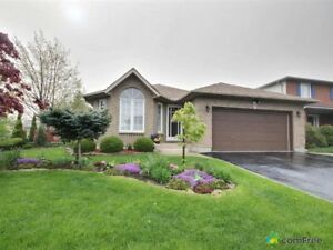 $639,000 - Backsplit for sale in Stoney Creek