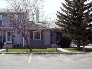 Silverwood Heights - 2 Bedroom Townhouse with Upgraded Kitchen!