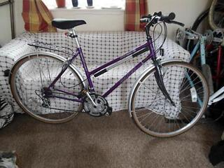 Dawes Street Life Ladies Hybrid Town Bike – Hardly Used, Fully Serviced