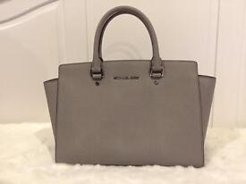 Grey Michael Kors Large Selma Handbag