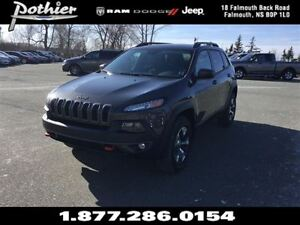 2015 Jeep Cherokee Trailhawk | LEATHER | HEATED SEATS | REAR CAM
