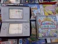 Nintendo Ds Lite and over 300 Games