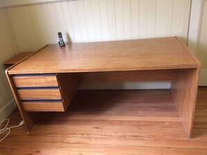 Large 3-drawer veneer office desk Armidale Armidale City Preview