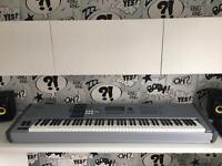 Yamaha MOTIF ES8 88 key synthesizer