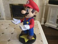 "Super Mario 12"" vinyl figure Nintendo 3DS Holder"