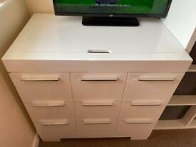 Charnwood wardrobe/ drawers
