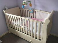 3in 1 slay cotbed mint condition with duo air sprung mattress