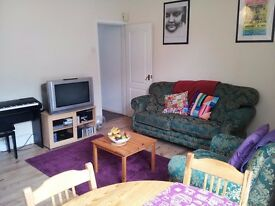 Available 1st August 2017: £280 pppm, 3 Double Bed Property, Rusholme, Manchester. NO FEES.