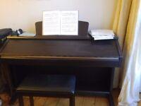 Upright Electric Piano Yamaha CVP-305/303/301